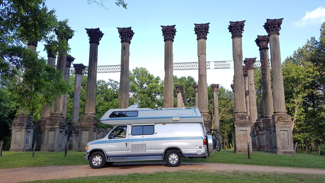 Camper van Airstream