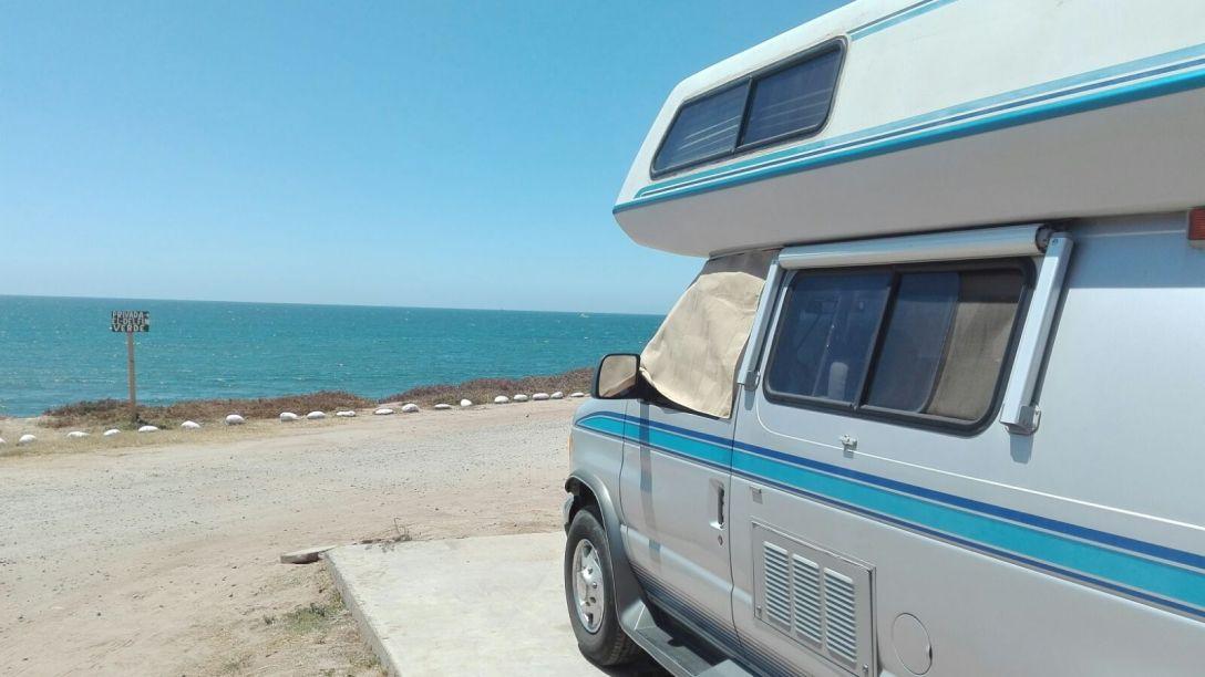 Mexico van living
